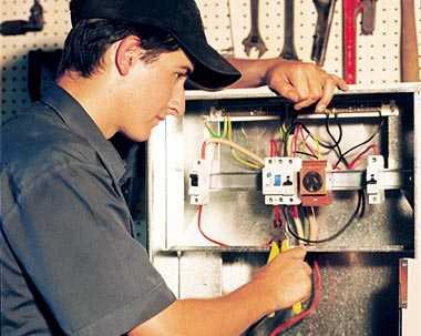Hledáme elektrikáře
